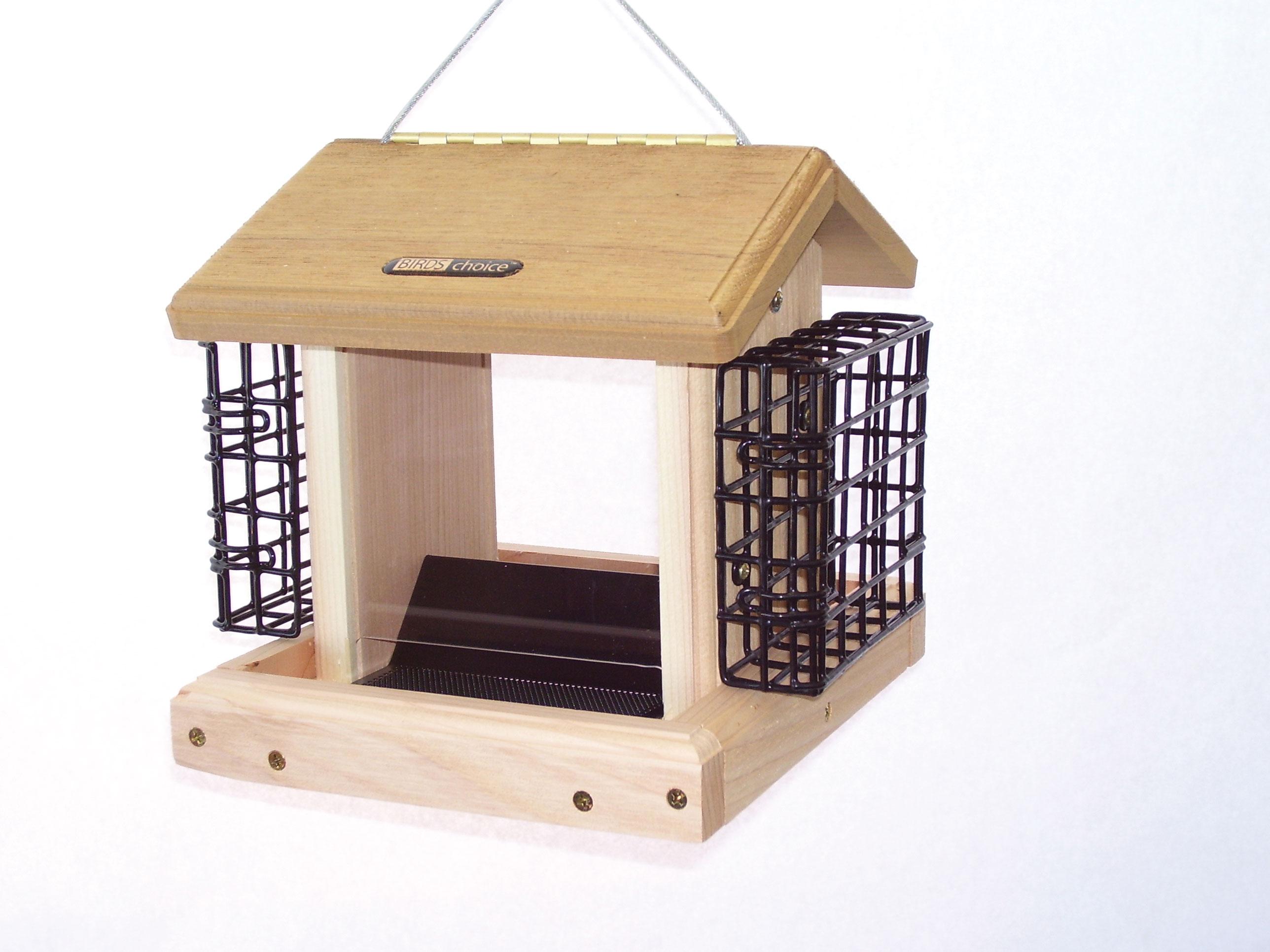 2.5 qt Cedar Hopper Feeder with Suet Cages